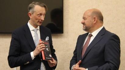 Игорь Орлов обсудил с эстонским дипломатом развитие культурного сотрудничества