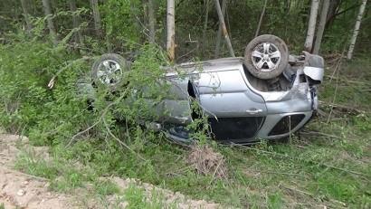 В Красноборском районе погиб водитель опрокинувшегося автомобиля