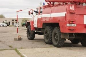 В отряде ГПС №20 Приморского района выбрали лучшего водителя пожарного автомобиля