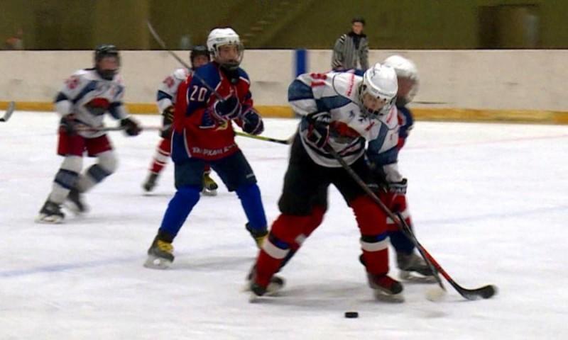 ВАрхангельске завершился хоккейный турнир накубок компании «Севералмаз»