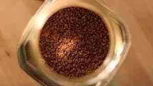 Житель Архангельска пытался похитить три банки кофе