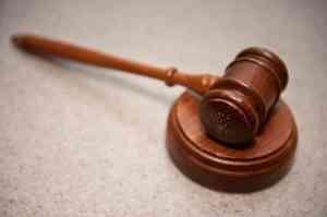 Продавщицу из Котласа второй раз привлекают к суду за неуважение к власти
