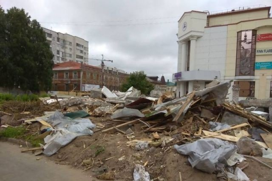 Подрядчик не уложился в сроки по сносу часовни в Архангельске