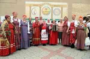 Архангельская «Сугревушка» делится поморским фольклором с жителями Крыма