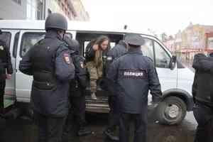 Каждой по 10 тысяч: в Архангельске осудили трёх участниц антимусорного митинга