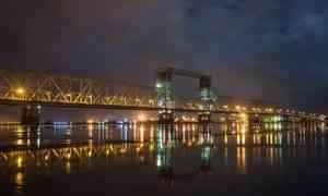 С 15 октября северодвинский мост в Архангельске будут закрывать на ночь