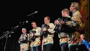 В Архангельске стартует основной этап конкурса молодых исполнителей на национальных гармониках «Сметанинские встречи»