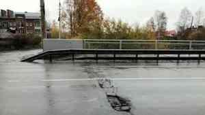 В Архангельске с 21 октября будет ограничено движение по мосту через Соломбалку