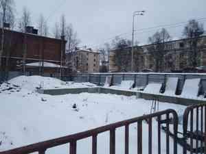 Рядом с ликёроводочным заводом в Архангельске построят здание с кафе и офисами