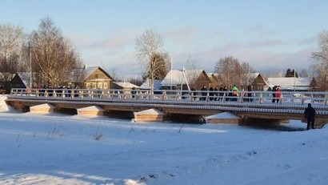 Мост связал деревню воедино