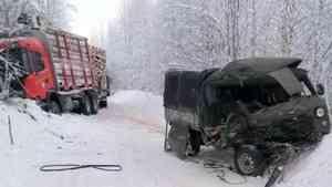 В Лешуконском районе в результате столкновения с большегрузом погиб пассажир «УАЗа»