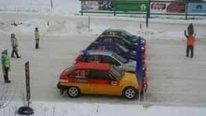 Вельск принял второй этап Кубка России по ледовым гонкам