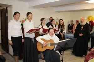 «Разбудить души»: протоиерей Евгений Соколов с хором совершил миссионерскую поездку по Архангельской области