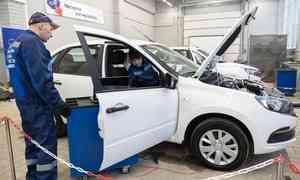 «Сколько можно учиться настарых «Жигулях?»: Кчемпионату профмастерства вархангельском техникуме обновили учебные авто