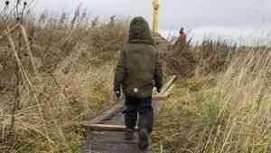 В программе «Когда все дома» расскажут о мальчике из Архангельской области, которому ищут семью