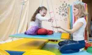 Здесь ребёнок чувствует себя комфортно. Специалисты центра «Радуга ощущений» помогают детям полноценно воспринимать окружающий мир