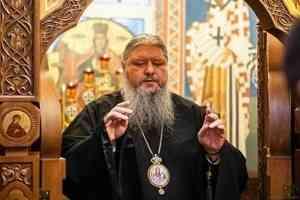 Митрополит Корнилий совершил всенощное бдение в канун недели о Страшном суде