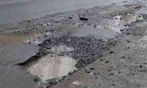 Когда вРоссии перестанут тратить миллионы на«одноразовые» дороги— асфальт наМ-8 сошёл вместе соснегом