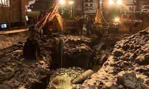 В центре Архангельска — разрыв на водоводе
