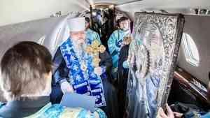 Владыка Корнилий облетел Архангельскую область с молитвой об избавлении от COVID-19