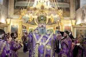 Митрополит Корнилий совершил всенощное бдение в канун пятой недели Великого поста