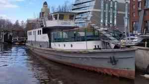 Теплоход «Коммунар» станет экспонатом Северного морского музея