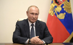 Владимир Путин в три раза увеличил пособие по безработице
