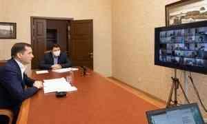 Александр Цыбульский вонлайн-формате пообщался сглавврачами больниц региона