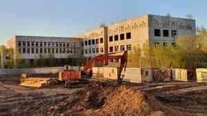 В Архангельске снесут недостроенную школу на улице Первомайская
