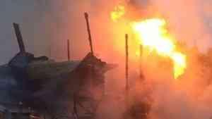 В Пинежском районе пожарный, находившийся в отпуске, спас мужчину из горящего дома
