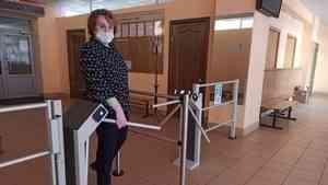 В школах Архангельска устанавливают системы контроля и управления доступом