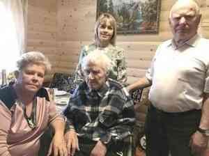Поздравление Главы МО Ивана Ивановича Шахтурина с 95-летним юбилеем