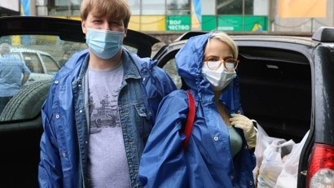 #МЫВМЕСТЕ: архангельские волонтеры продолжают доставку продуктовых наборов