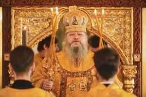 Митрополит Корнилий 13 июля совершил Литургию в Холмогорах