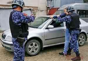 В Архангельске сотрудники Росгвардии задержали осужденного за совершение нескольких преступлений, объявленного в федеральный розыск