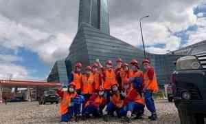 Женский студотряд «Белка» изАрхангельска трудится настройке «Лахта-центра»— самого высокого небоскрёба России иЕвропы