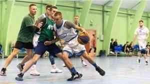 В Архангельске в «Оранжевом мяче» приняли участие 25 команд