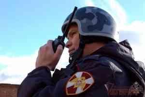 Сотрудники отдела вневедомственной охраны Росгвардии по городу Архангельску задержали подозреваемых в совершении кражи и незаконном хранении наркотических средств