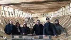 В столице Поморья продолжается строительство поморского коча