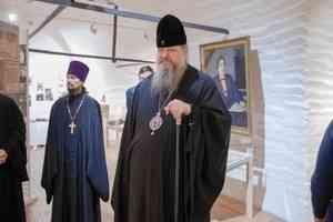 Митрополит Корнилий оценил экспозицию Архангельского краеведческого музея
