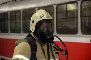 Волгоградские спасатели провели учебные занятия в метротраме