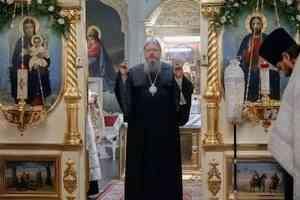 Митрополит Корнилий совершил всенощное бдение в канун праздника Обрезания Господня