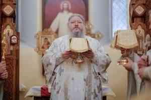 Митрополит Корнилий в праздник Обрезания Господня совершил Литургию в Новодвинске