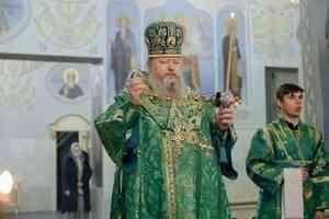 Митрополит Корнилий в канун праздника преподобного Серафима Саровского совершил всенощное бдение в  Архангельске