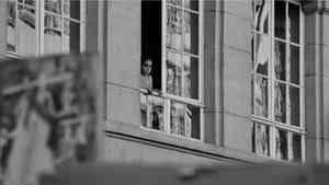 В Сольвычегодске полуторагодовалый ребёнок выпал из окна пятого этажа