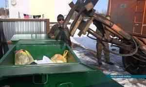Смешком кмусоровозу— прошлый век: вМезени контейнеры для ТКО уже появились, дело— задеревнями