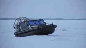 Две аэролодки закупили в Поморье для поддержания связи с островами в межсезонье