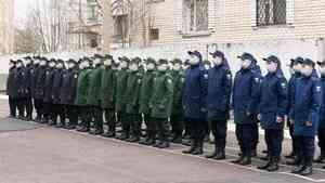 Первая группа призывников из Архангельска отправилась служить на Северный флот