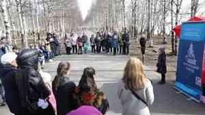 В Майском парке Архангельска в преддверии Дня Победы звучали стихи о войне