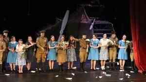 Музыкальную постановку «Небесный тихоход» представили в центре «Патриот» в День Победы